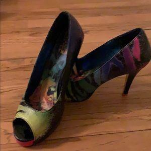 Iron fist platform multi color zebra heels